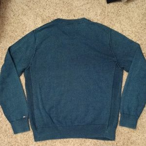 Tommy Hilfiger Sweaters - 🆕INSIDE OUT TOMMY HILFIGER SWEATER- Size Large